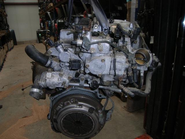 Motor ohne Anbauteile (Benzin) aus Mitsubishi SPACE STAR (DG0)