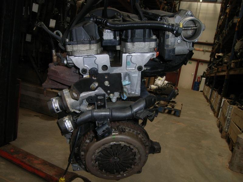 Motor ohne Anbauteile (Benzin) aus Peugeot 307 (3A/C)