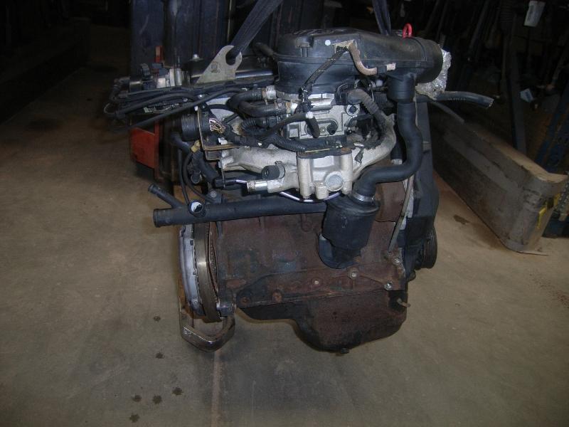 Motor ohne Anbauteile (Benzin) aus VW GOLF Mk III (1H1)