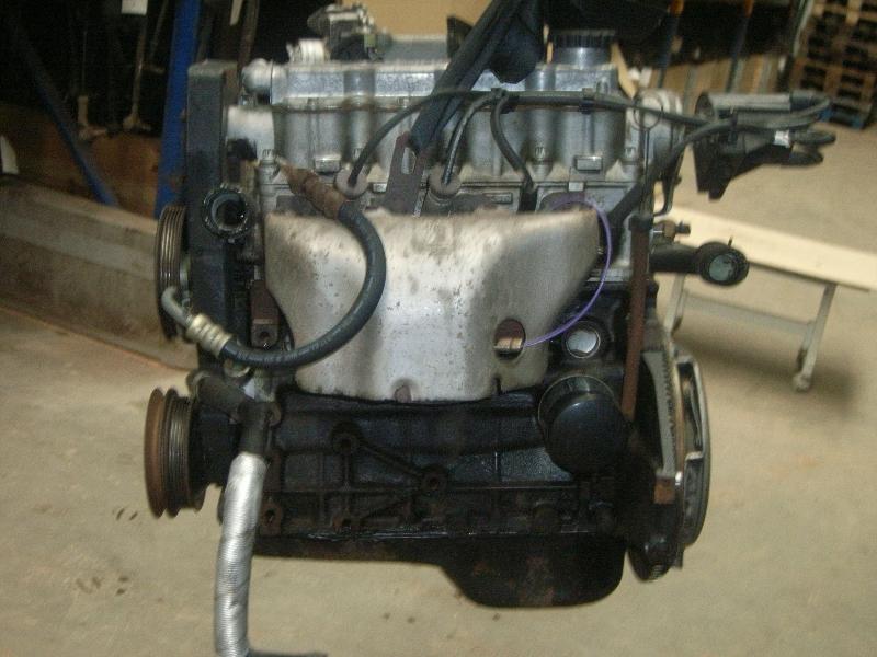Motor ohne Anbauteile (Benzin) aus Daewoo NEXIA (KLETN)